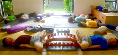 the iyengar yoga institute of china  bobby clennell